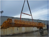 The boom section of the crane being unloaded at Nauru.